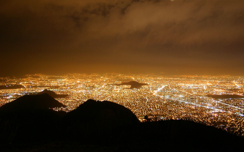 Oscar ruiz mexico city at night