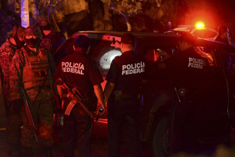 Mexico safety drug war gallup