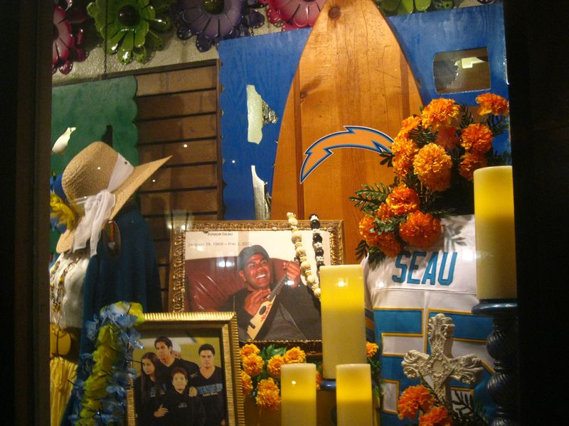 Junior seau altar