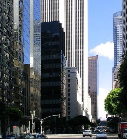 Glass_skyscraper_2